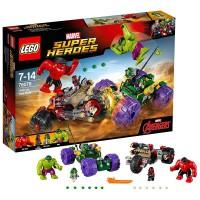 LEGO Hulk vs. Hulk Rojo
